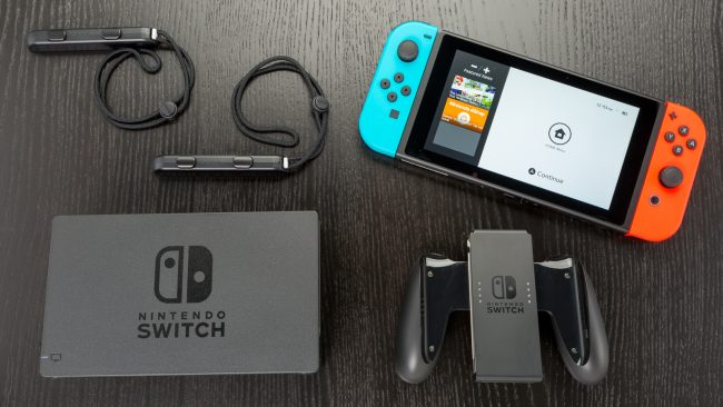 Nintendo_Switch-3-650x366