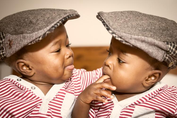 Twin-twins-photographer-North-London-Hertforshire6