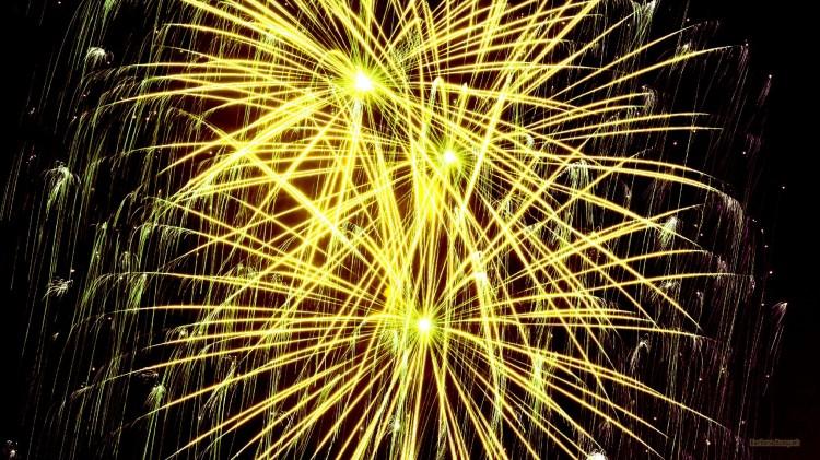 HD-wallpaper-yellow-firework