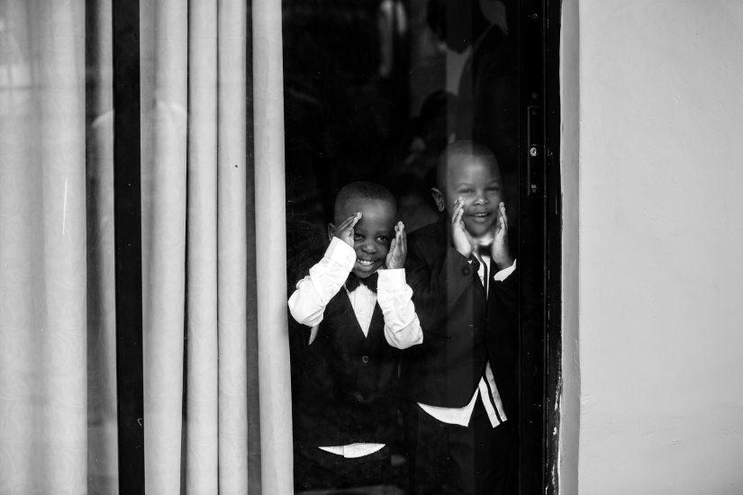 black-and-white-boys-children-1025870